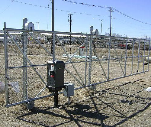 Chain Link Cantilever Gate with Operator