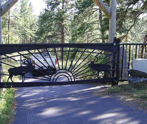 Mountain Home Slide Gate