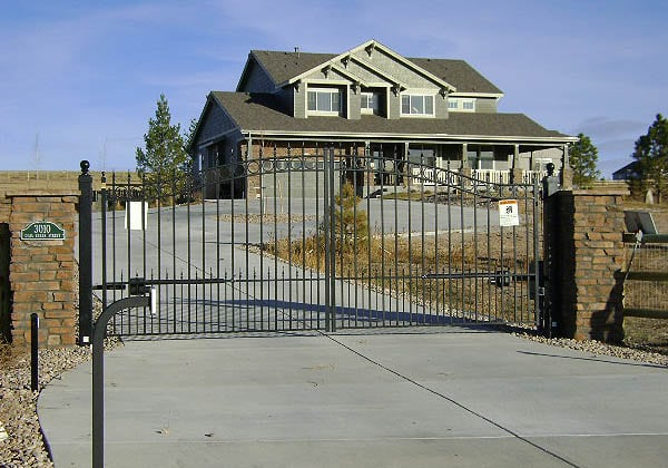 Residential-Ornamental-Iron-Gate-With-Keypad